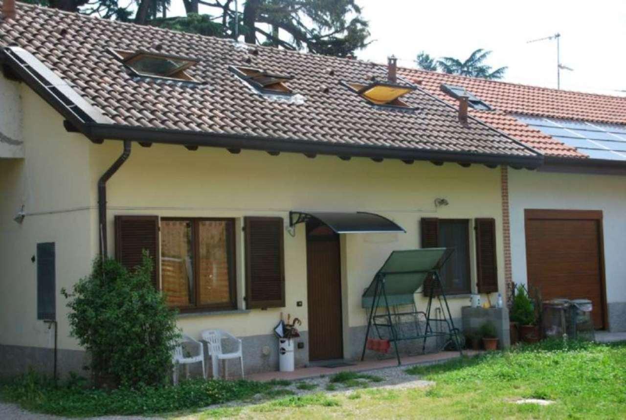 Appartamento in vendita a Olgiate Olona, 4 locali, prezzo € 150.000 | Cambio Casa.it
