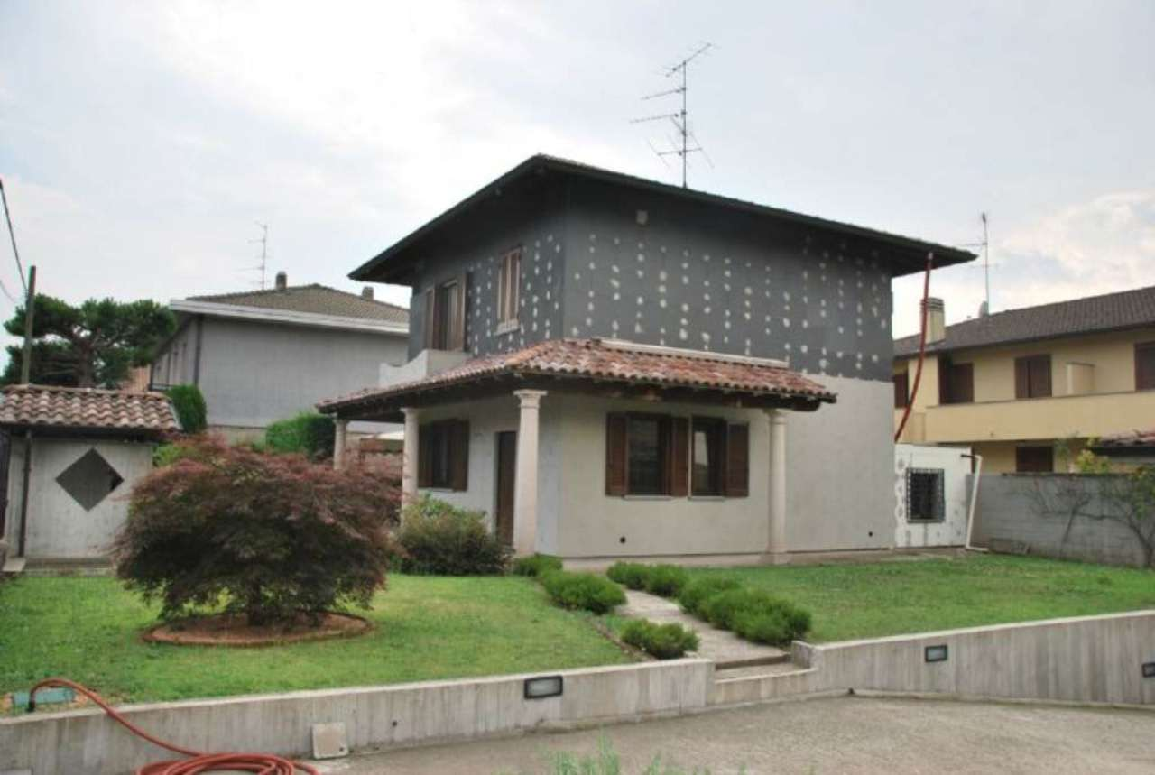 Villa in vendita a Buscate, 3 locali, prezzo € 285.000 | Cambio Casa.it