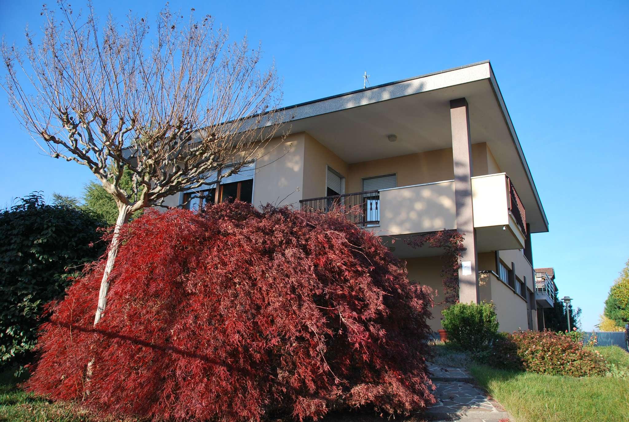 Villa in vendita a Lonate Pozzolo, 3 locali, prezzo € 290.000 | CambioCasa.it