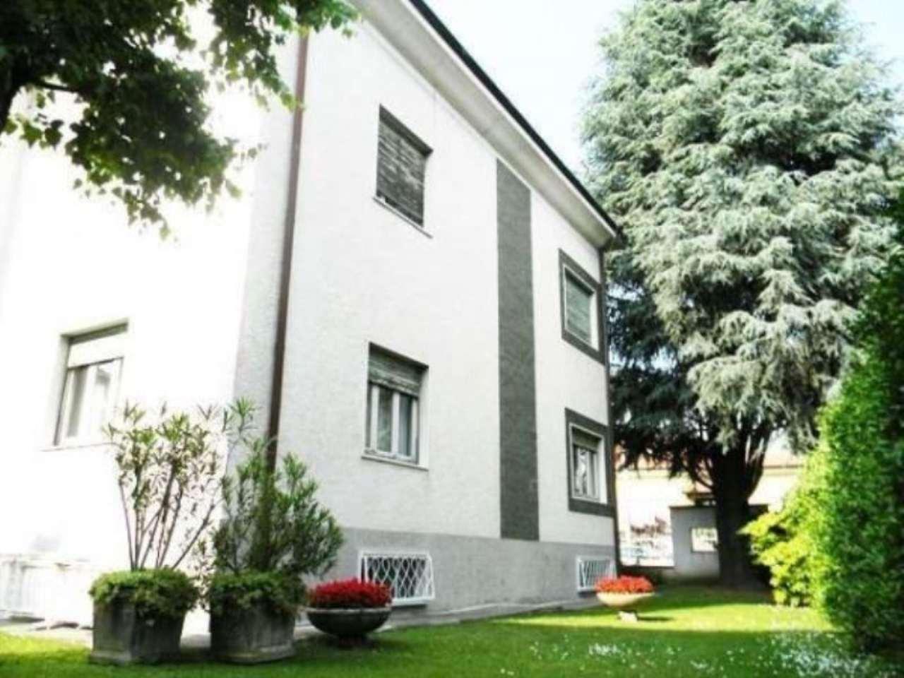 Soluzione Indipendente in vendita a Legnano, 6 locali, prezzo € 570.000 | Cambio Casa.it