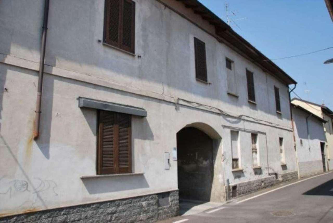 Appartamento in vendita a Olgiate Olona, 3 locali, prezzo € 90.000 | Cambio Casa.it