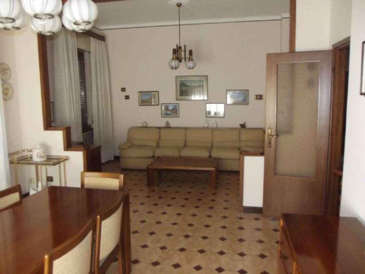 Villa in vendita a Pero, 4 locali, prezzo € 280.000 | Cambio Casa.it