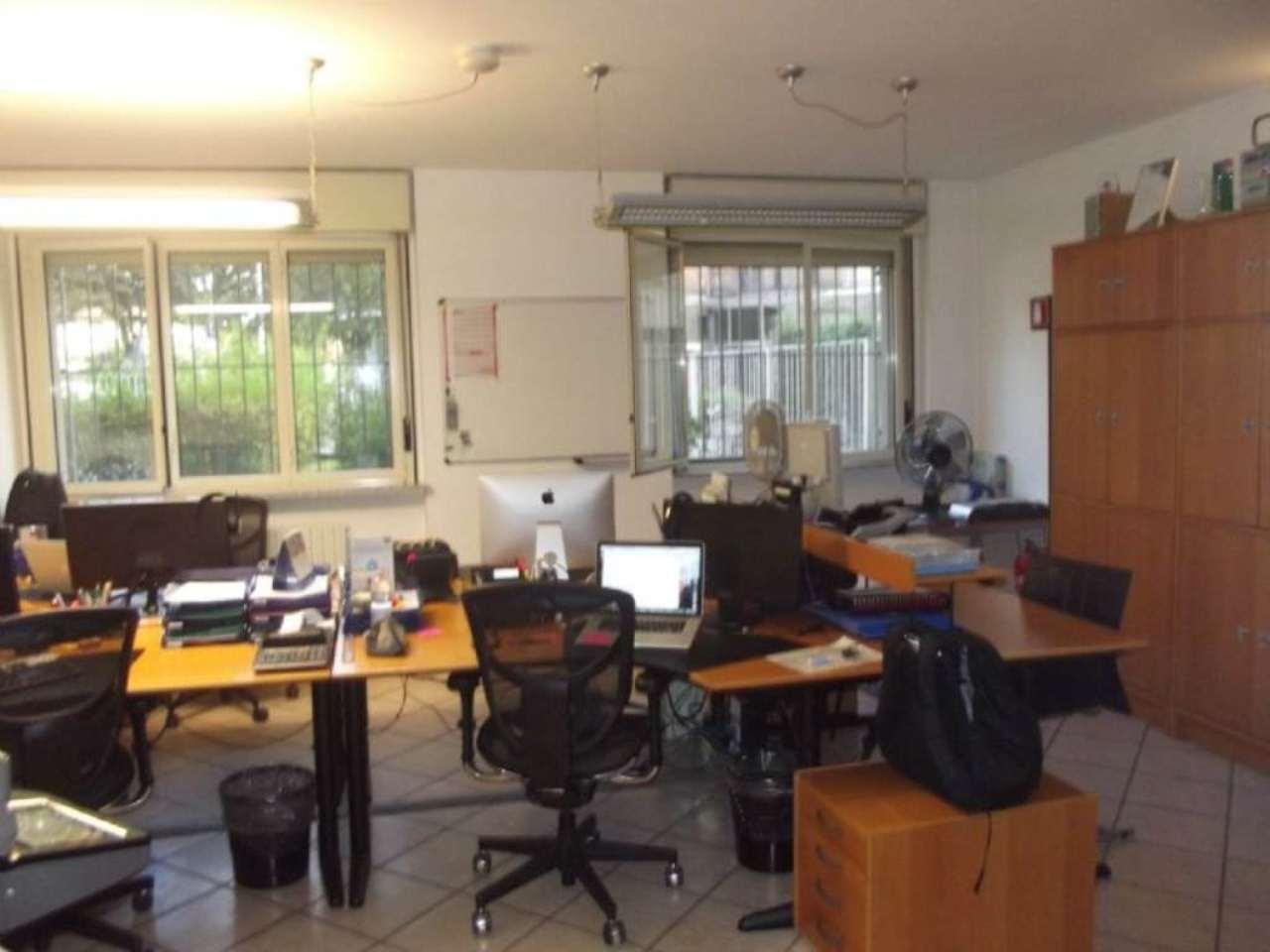 Ufficio / Studio in affitto a Saronno, 4 locali, prezzo € 1.000 | Cambio Casa.it