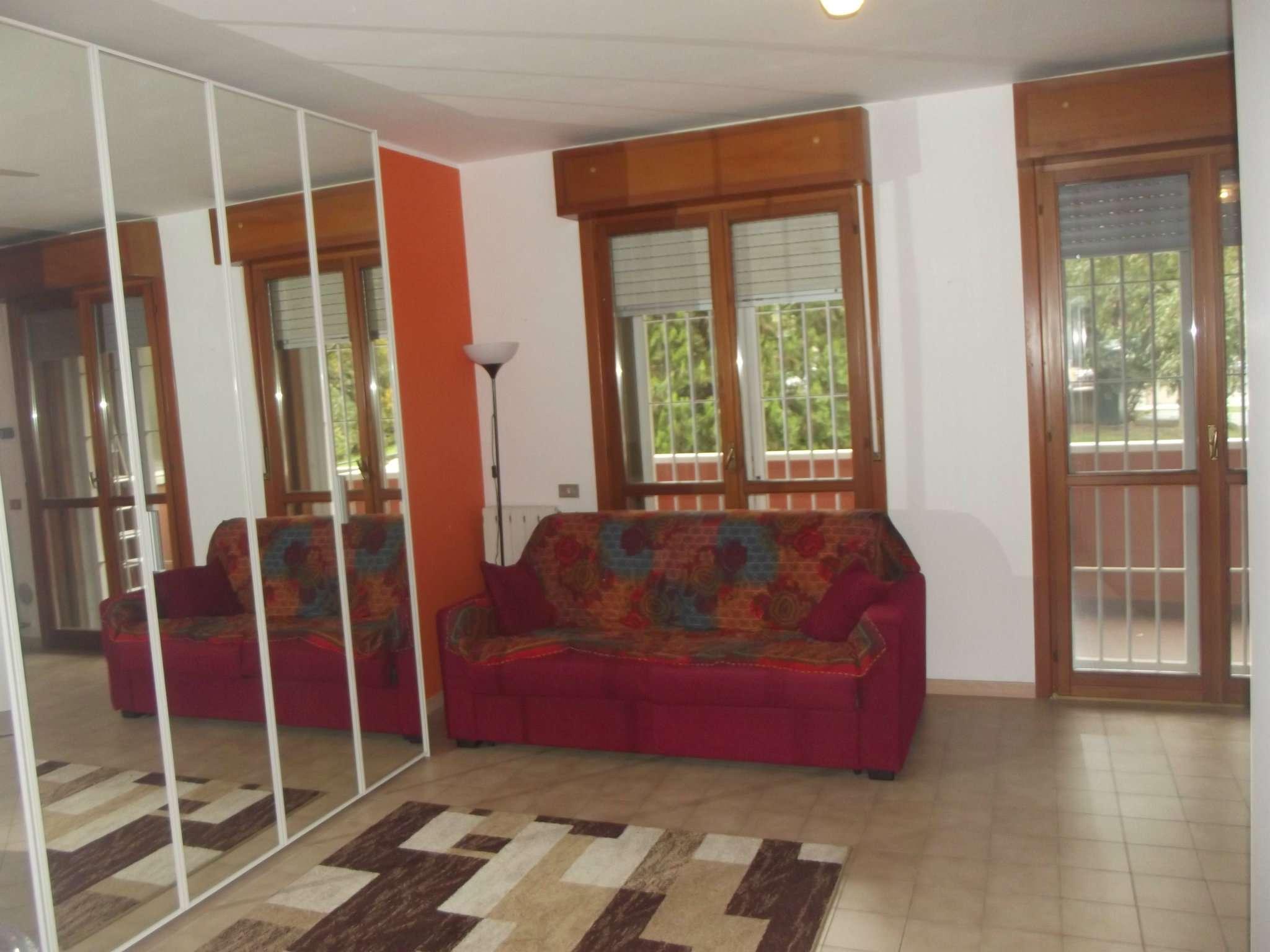 Appartamento in affitto a Pero, 1 locali, prezzo € 500 | CambioCasa.it