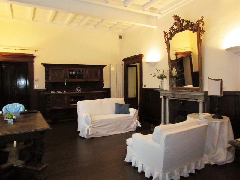 Appartamento in affitto a Tradate, 3 locali, prezzo € 800 | Cambio Casa.it