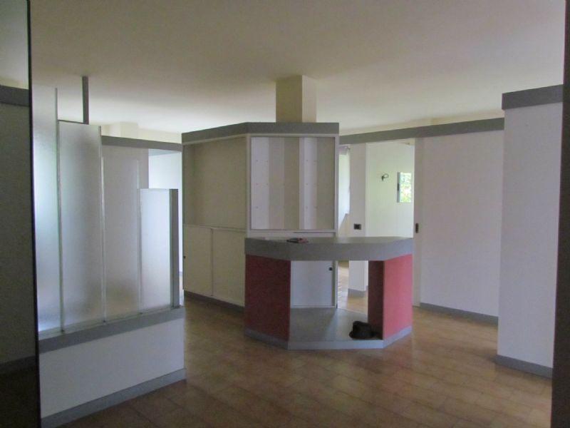 Ufficio / Studio in vendita a Tradate, 9999 locali, prezzo € 175.000 | Cambio Casa.it