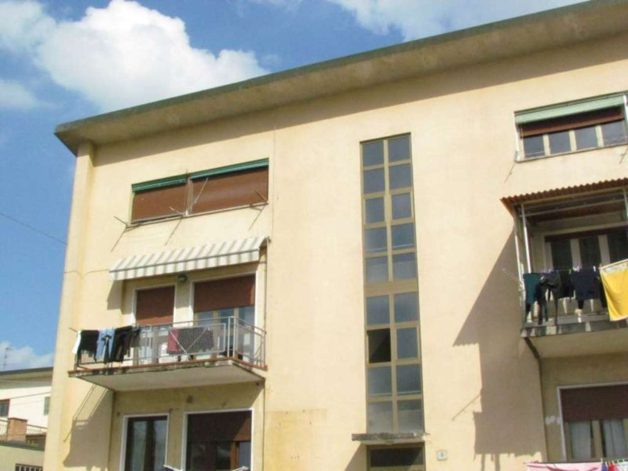 Appartamento in vendita a Tradate, 2 locali, prezzo € 43.000 | Cambio Casa.it