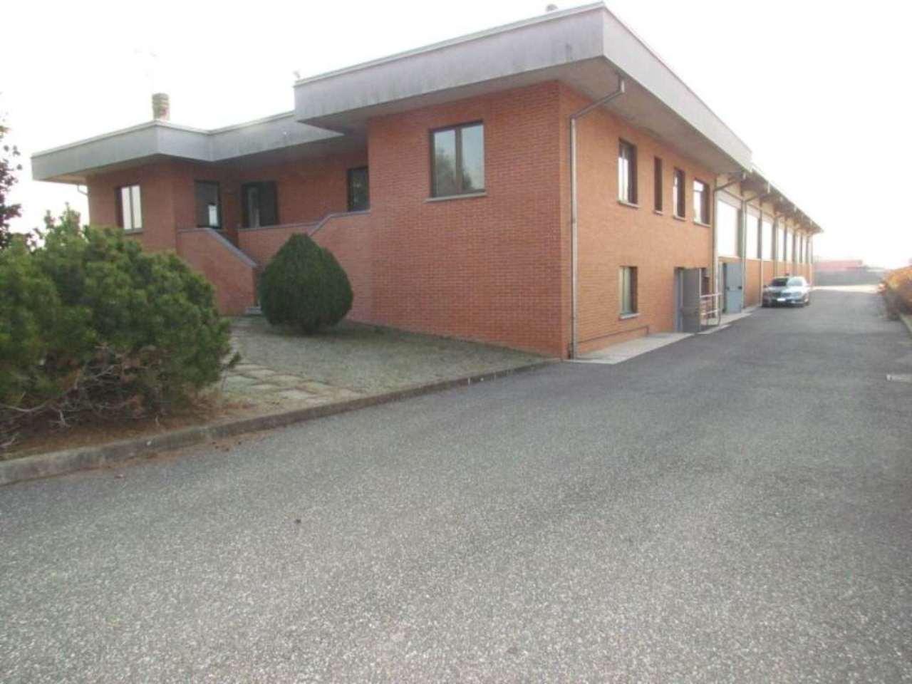 Capannone in vendita a Venegono Superiore, 6 locali, prezzo € 1.400.000 | Cambio Casa.it