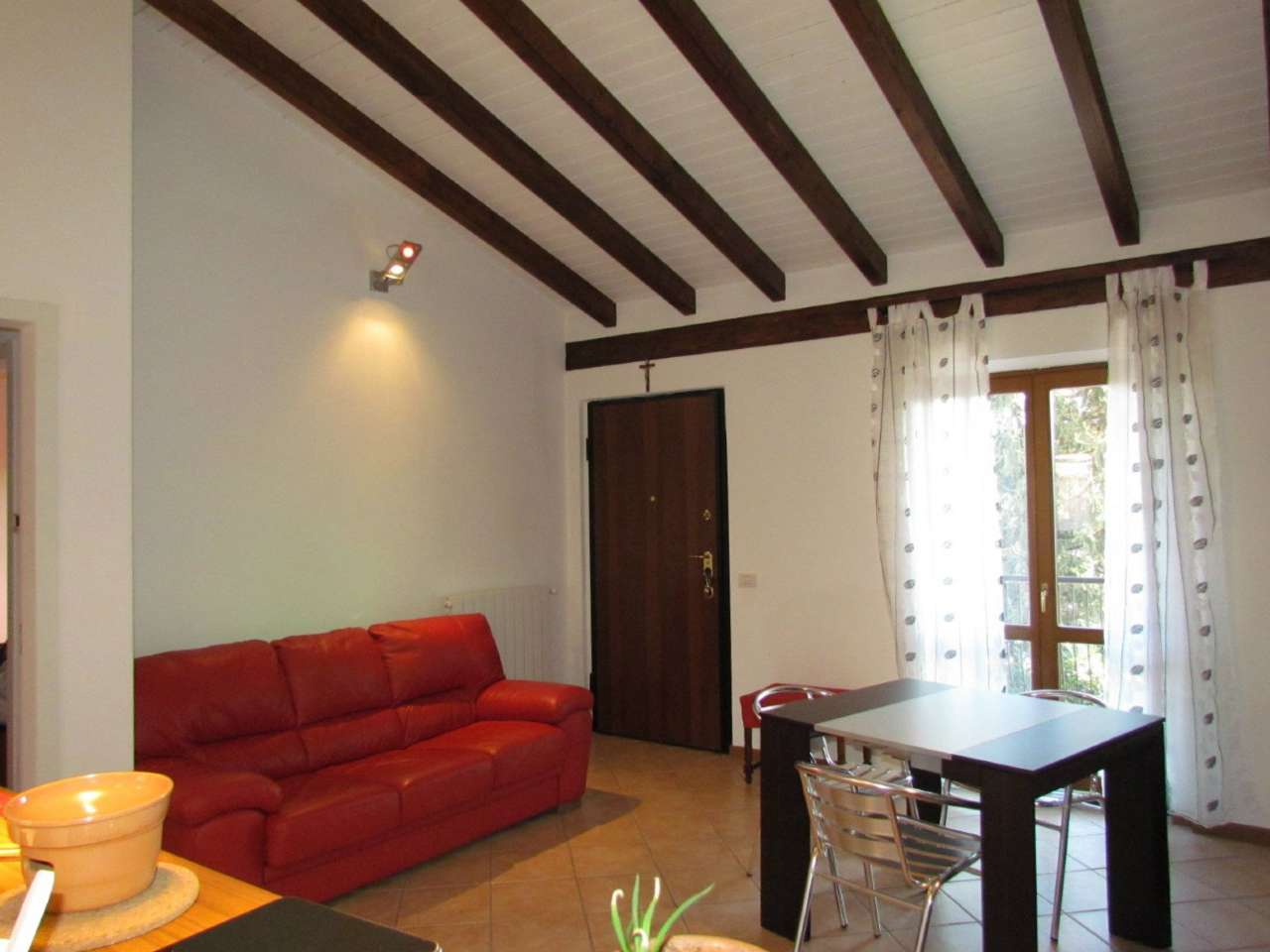Appartamento in vendita a Tradate, 3 locali, prezzo € 145.000 | Cambio Casa.it