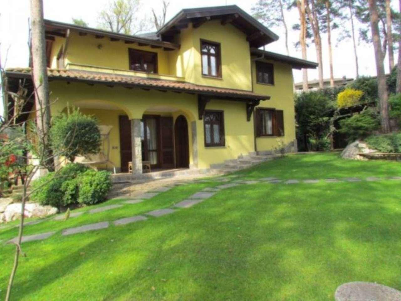 Villa in vendita a Cassano Magnago, 5 locali, prezzo € 510.000 | Cambio Casa.it