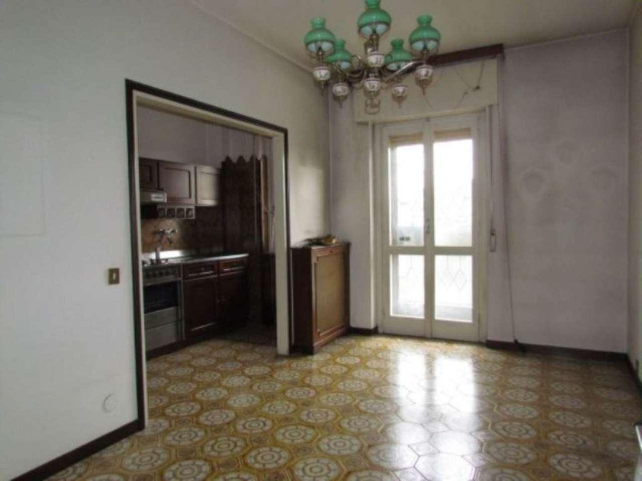 Appartamento in vendita a Tradate, 2 locali, prezzo € 125.000 | Cambio Casa.it