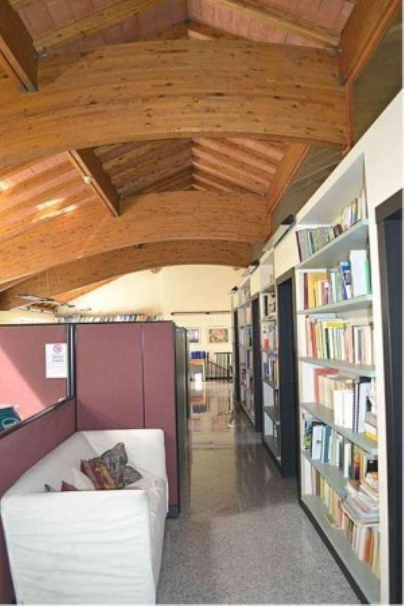 Ufficio / Studio in vendita a Tradate, 5 locali, prezzo € 410.000 | Cambio Casa.it