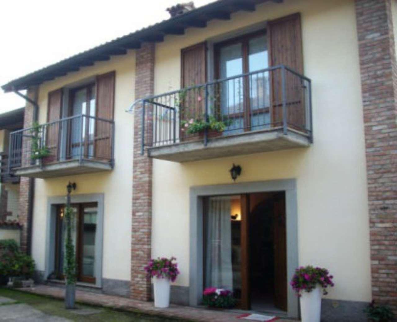 Villa in vendita a Romano di Lombardia, 4 locali, prezzo € 178.000 | Cambio Casa.it