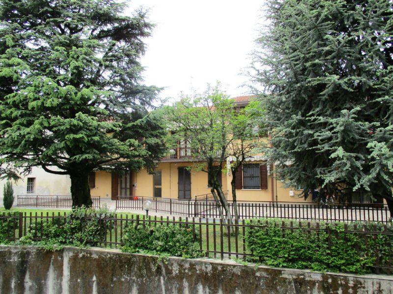 Appartamento in vendita a Casirate d'Adda, 3 locali, prezzo € 90.000 | Cambio Casa.it