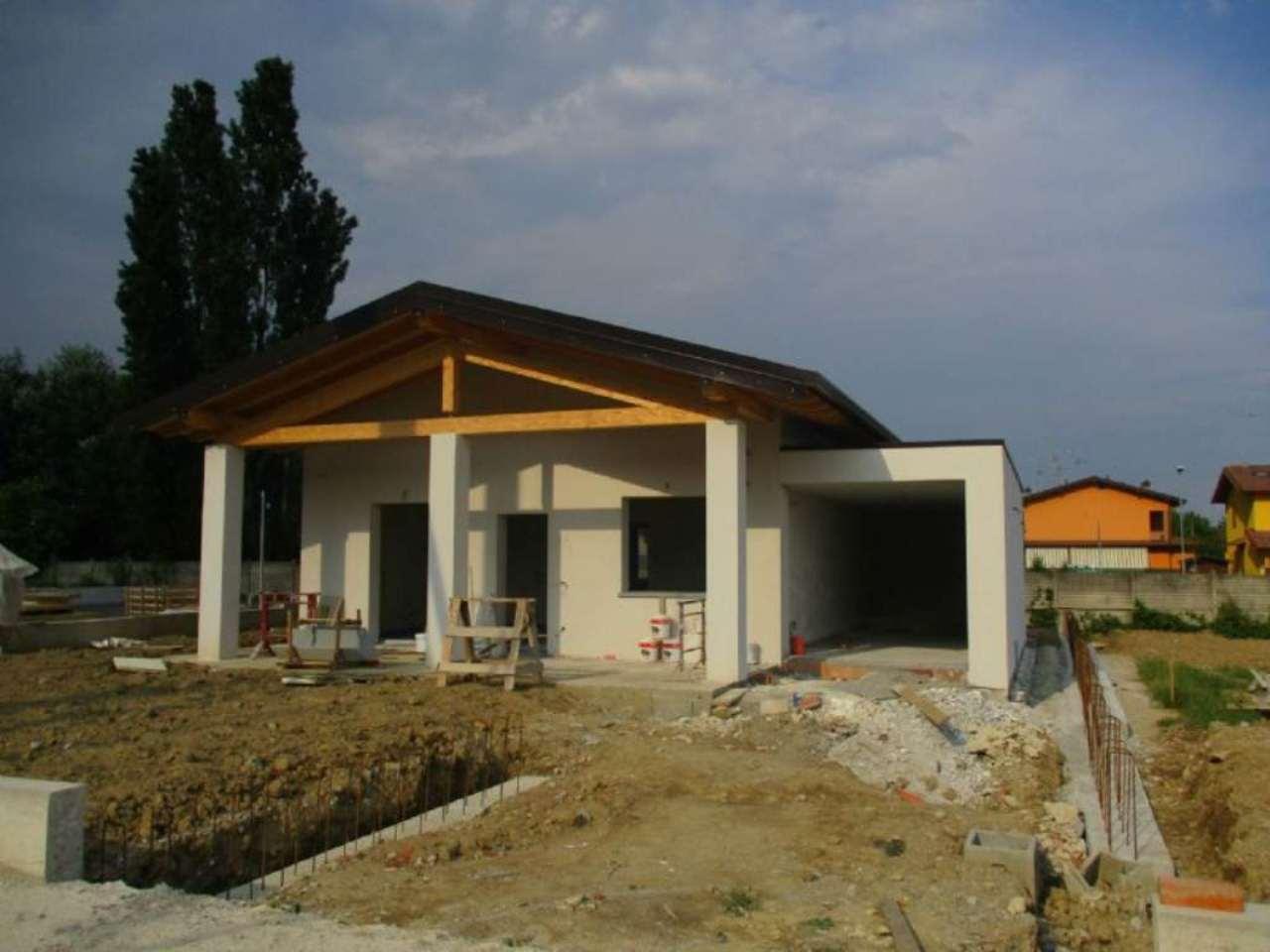 Villa in vendita a Mozzanica, 3 locali, prezzo € 290.000 | Cambio Casa.it