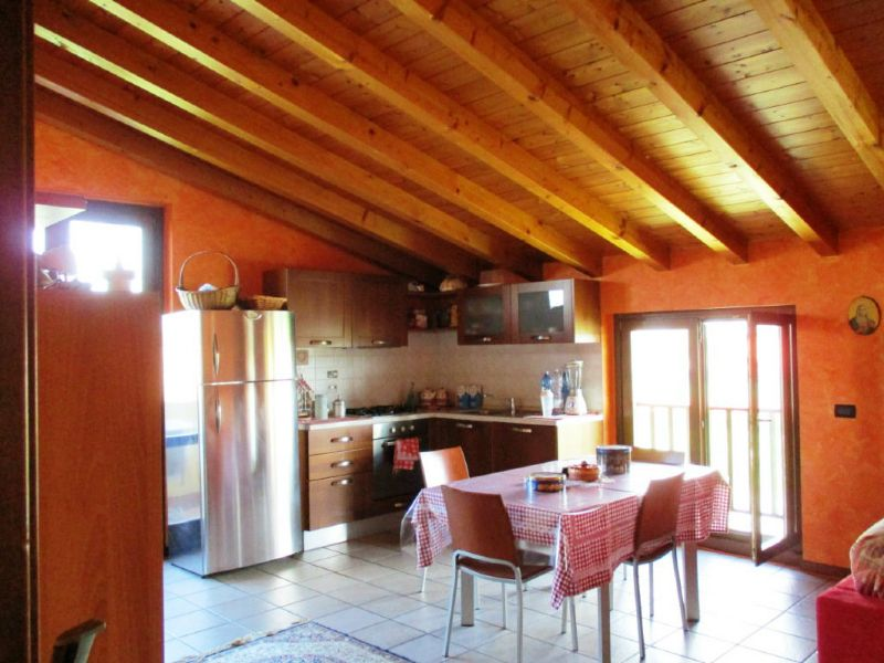 Appartamento in vendita a Fornovo San Giovanni, 3 locali, prezzo € 85.000 | Cambio Casa.it