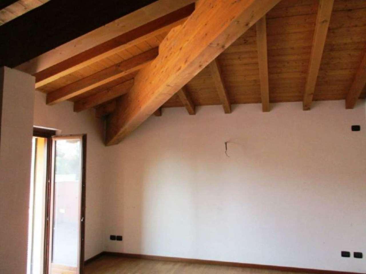 Attico / Mansarda in vendita a Arcene, 3 locali, prezzo € 175.000 | Cambio Casa.it