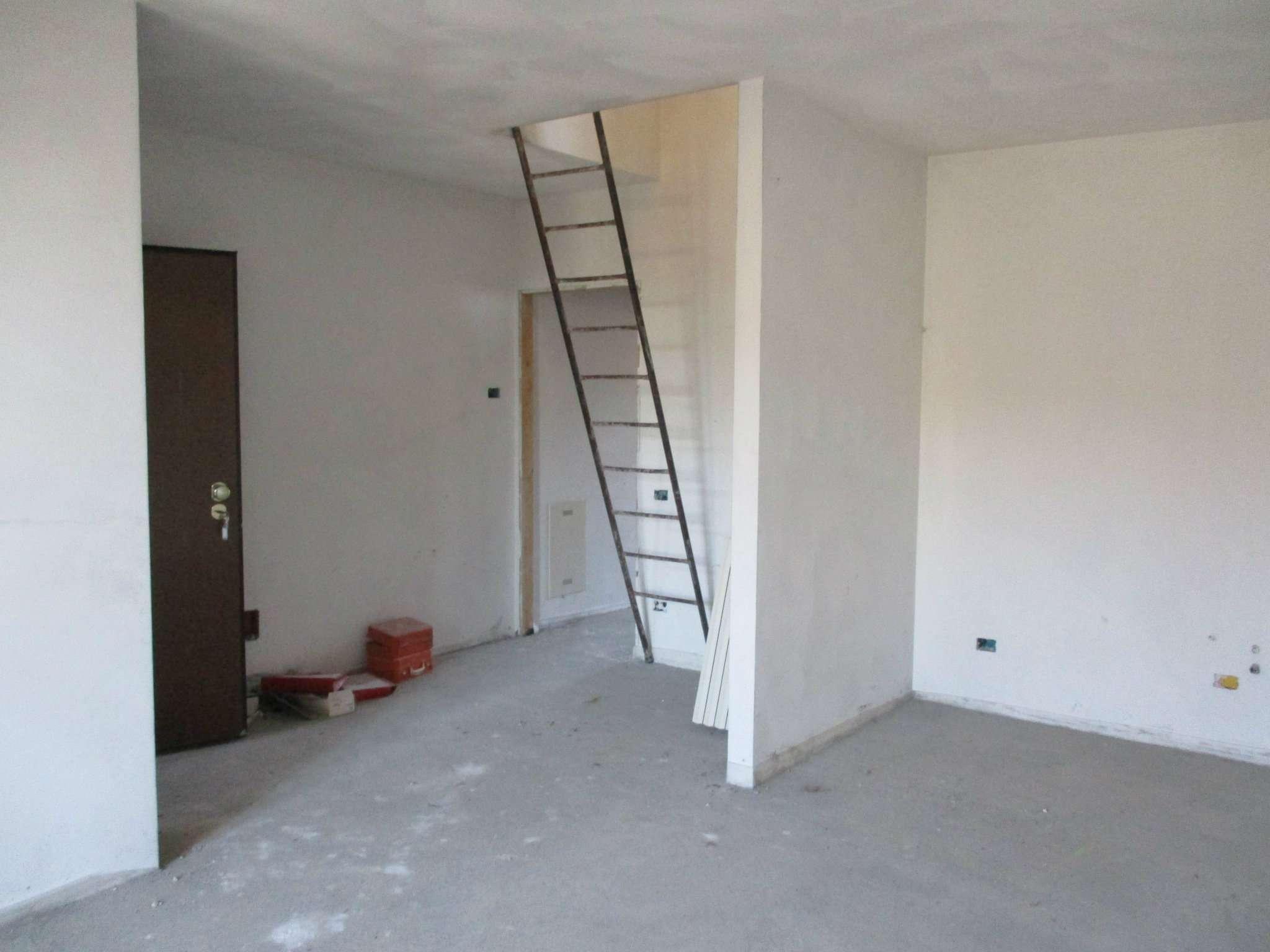 Appartamento in vendita a Brignano Gera d'Adda, 3 locali, prezzo € 135.000 | Cambio Casa.it