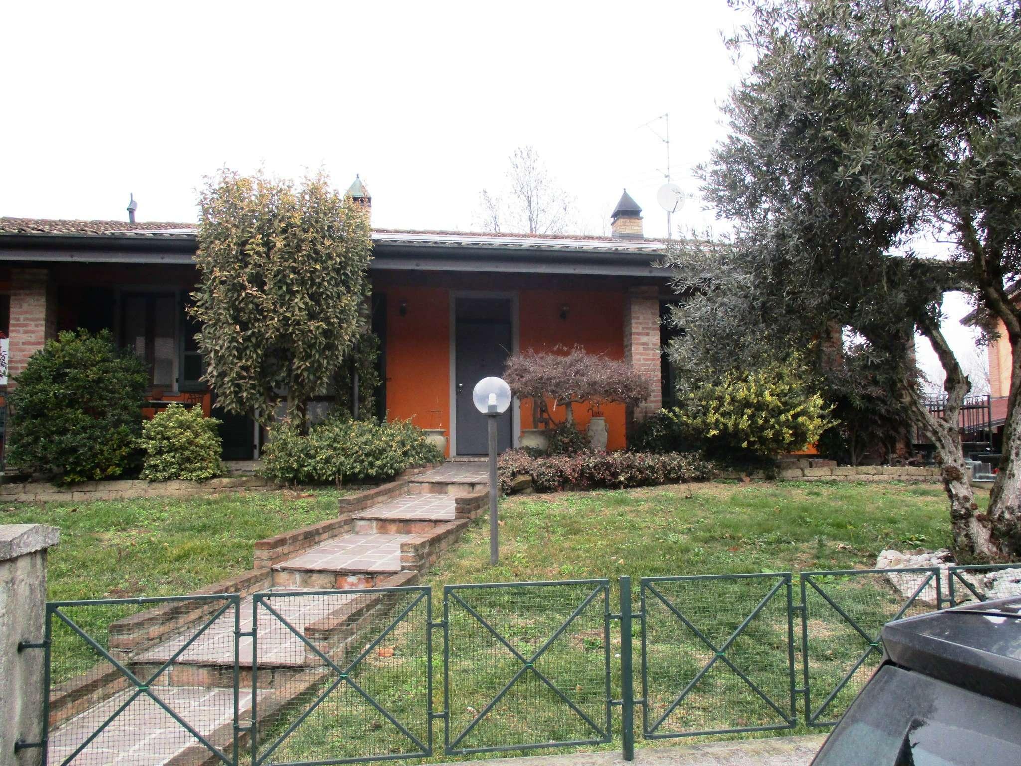 Villa Bifamiliare in vendita a Camisano, 4 locali, prezzo € 260.000 | Cambio Casa.it