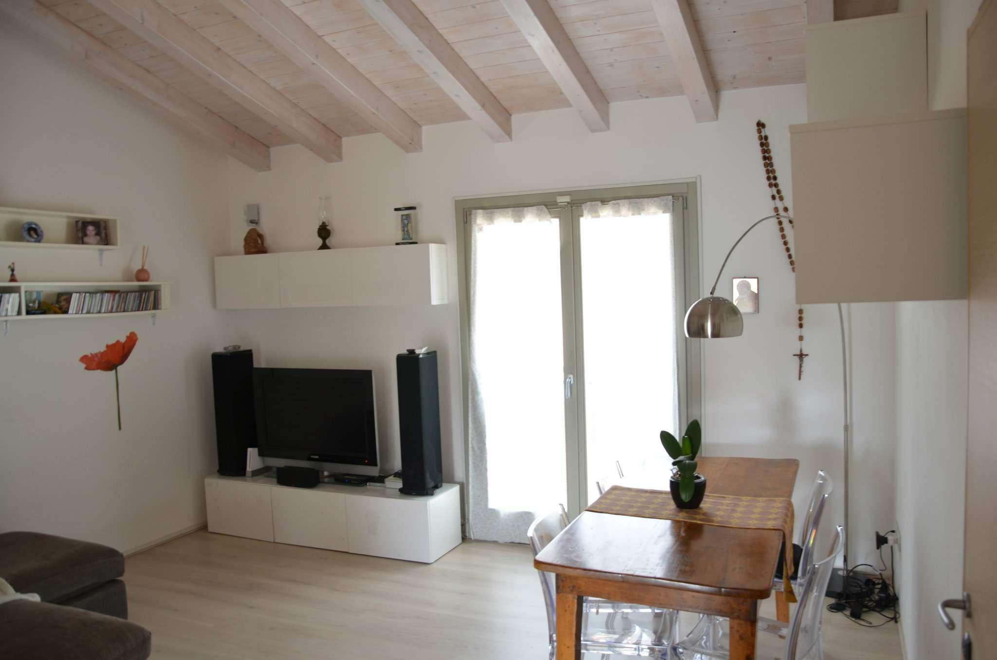Appartamento in vendita a Castel Gabbiano, 3 locali, prezzo € 132.000   CambioCasa.it