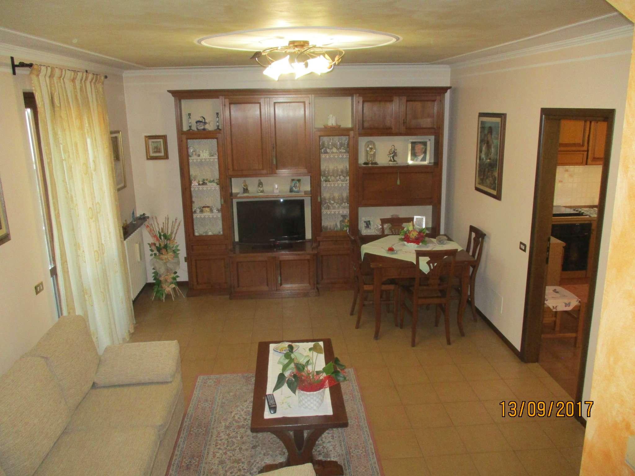 Villa in vendita a Covo, 4 locali, prezzo € 215.000 | CambioCasa.it