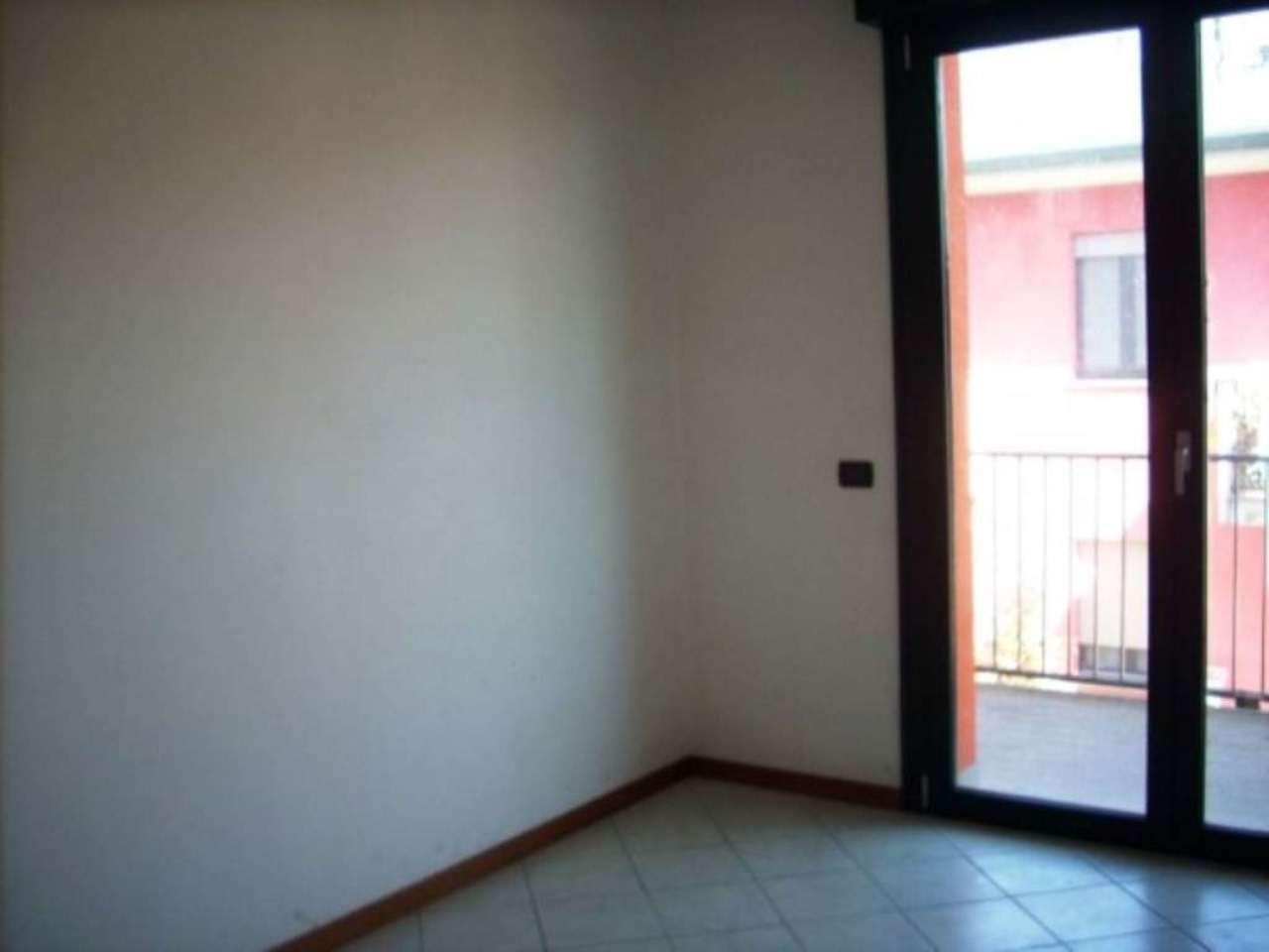 Appartamento in vendita a Fara Olivana con Sola, 3 locali, prezzo € 130.000 | Cambio Casa.it