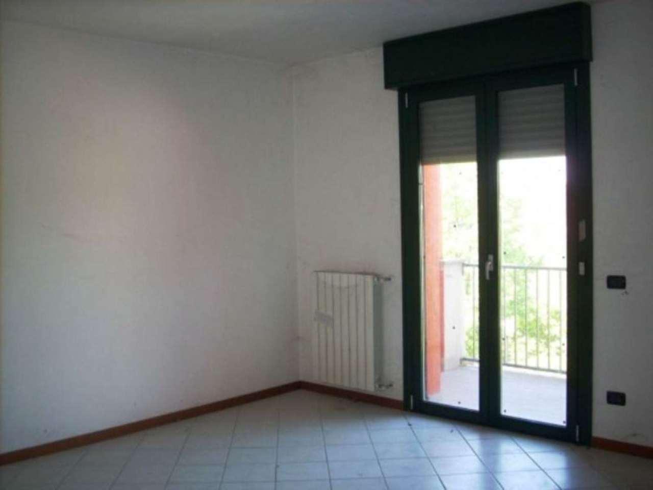 Appartamento in vendita a Fara Olivana con Sola, 3 locali, prezzo € 115.000 | Cambio Casa.it