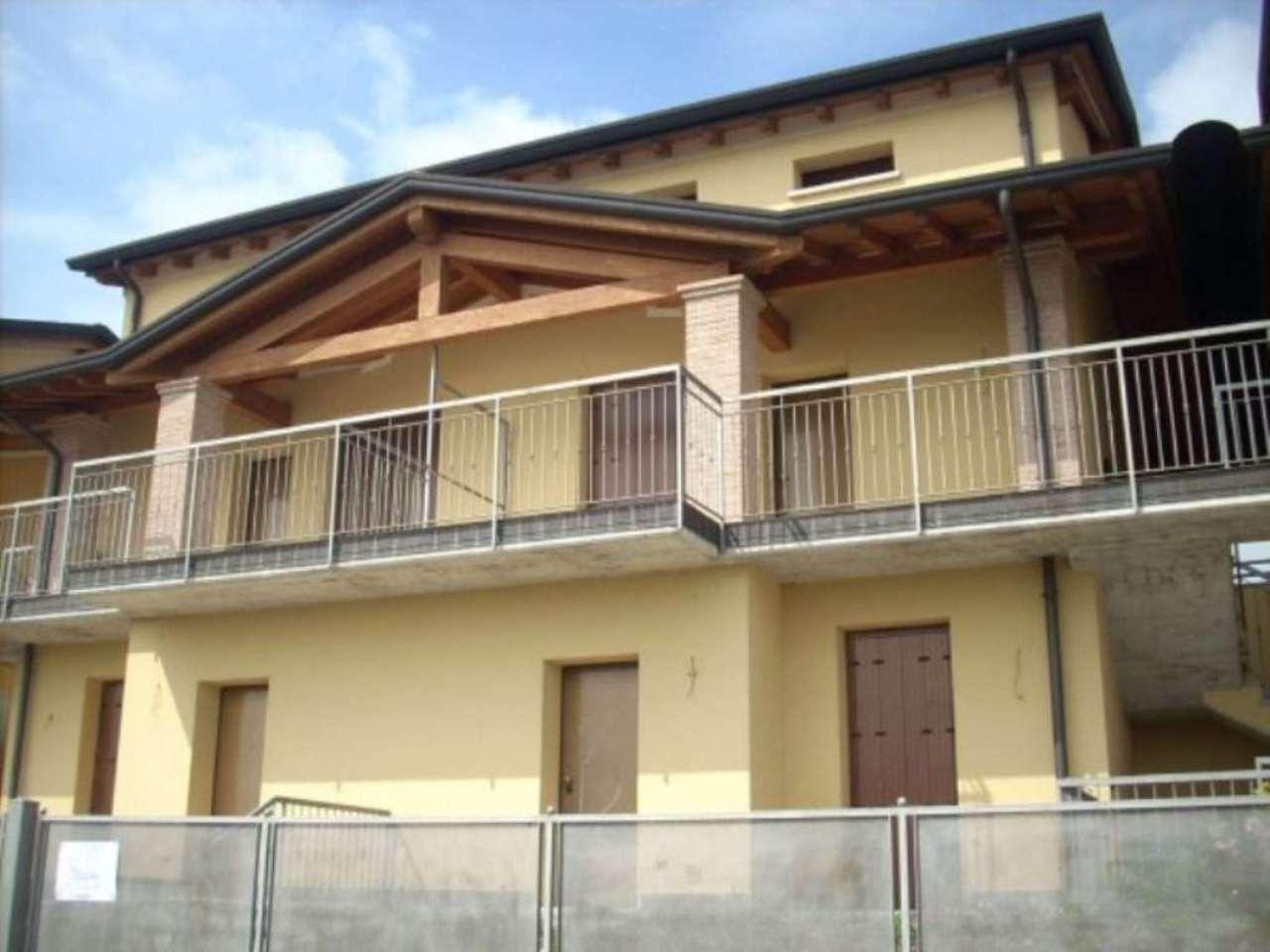 Appartamento in vendita a Fontanella, 3 locali, prezzo € 100.000 | Cambio Casa.it