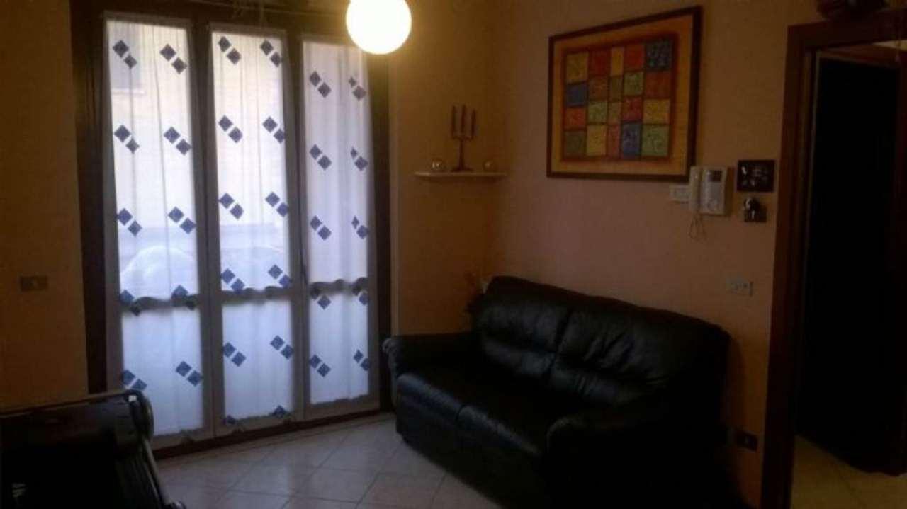 Bilocale Cinisello Balsamo Via Luini 4