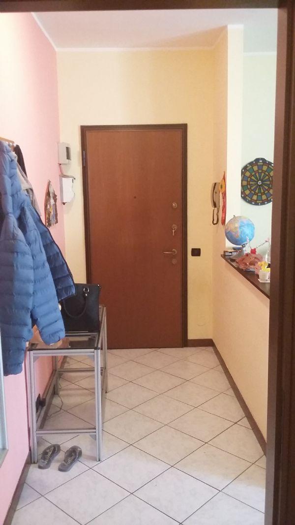 Bilocale Cinisello Balsamo Via Marche 3