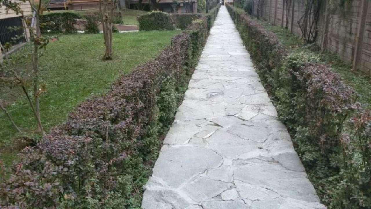 Bilocale Cinisello Balsamo Via Guardi 6