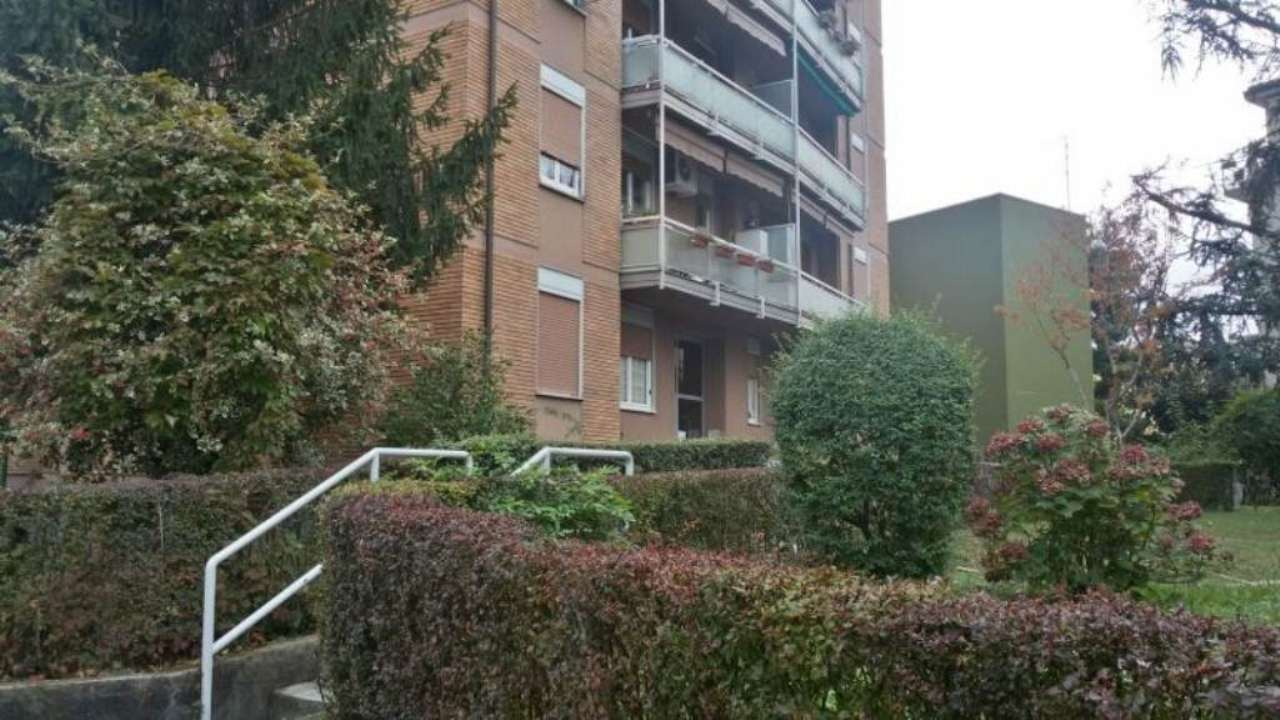 Bilocale Cinisello Balsamo Via Guardi 12