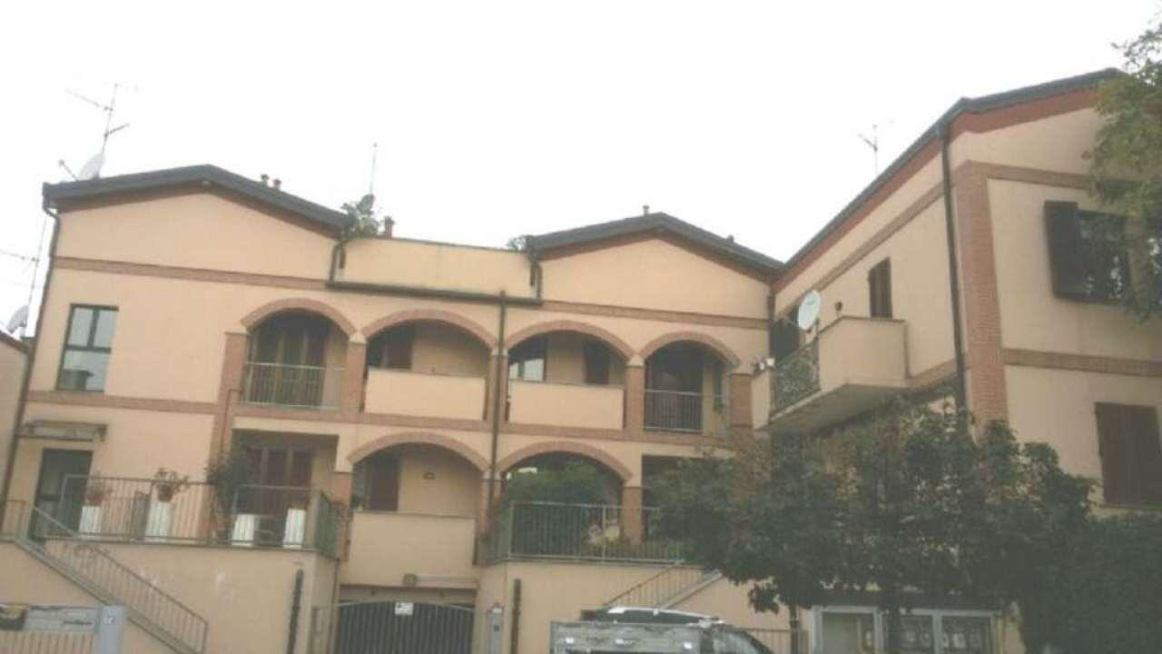 Appartamento in vendita a Usmate Velate, 3 locali, prezzo € 115.000 | Cambio Casa.it