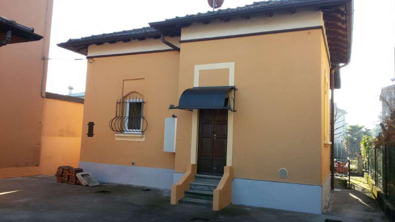 Villa in vendita a Lesmo, 3 locali, prezzo € 190.000   Cambio Casa.it