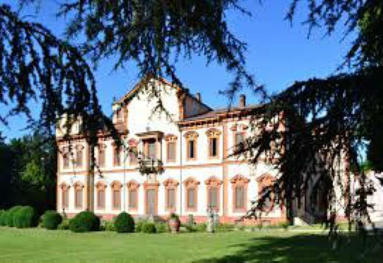 Bilocale Cinisello Balsamo Via Marche 10