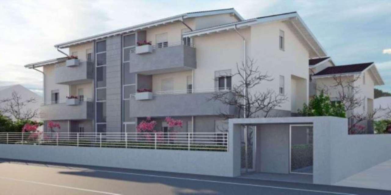 Appartamento in vendita a Muggiò, 3 locali, prezzo € 237.000 | Cambio Casa.it