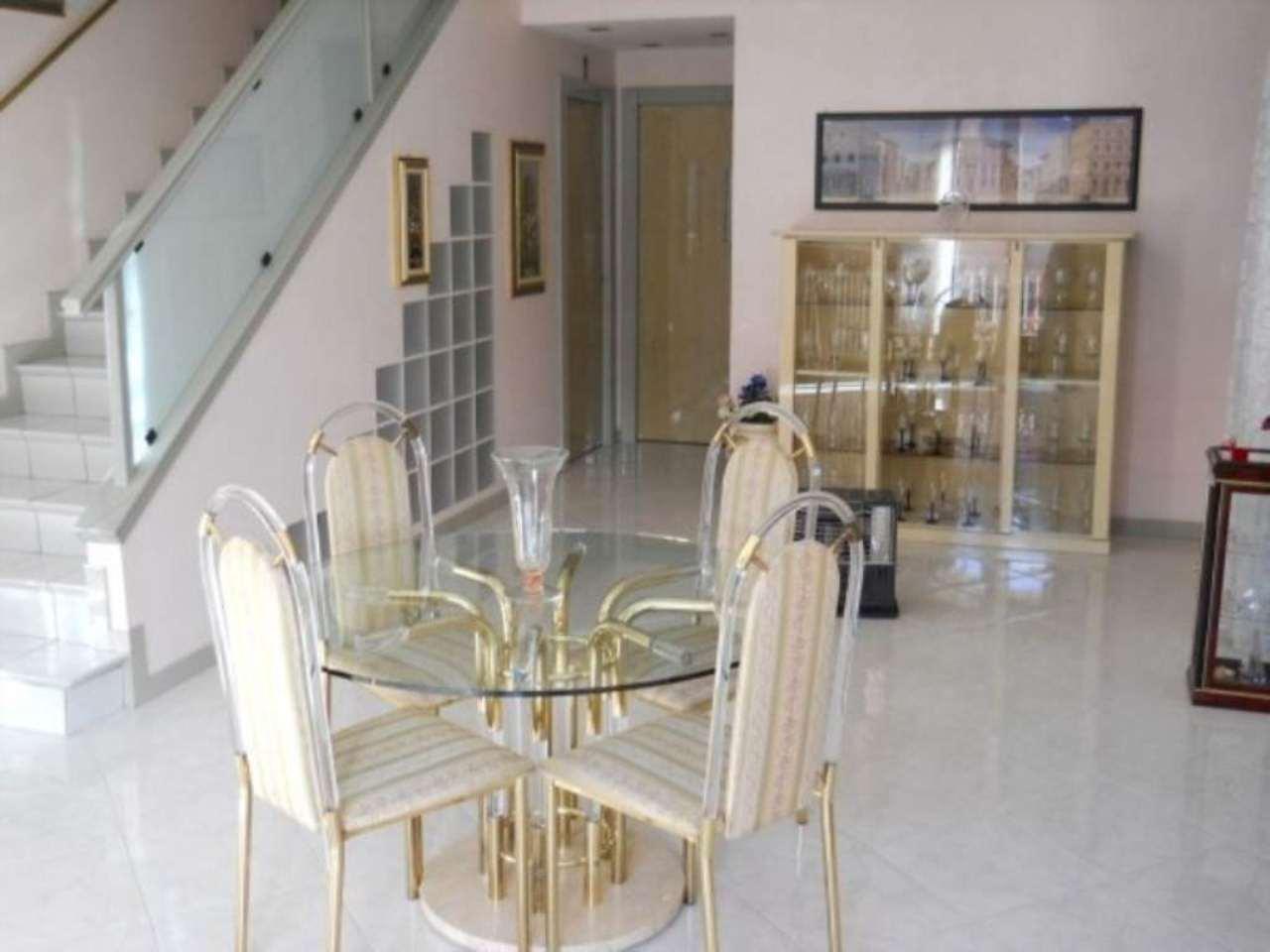 Villa in vendita a Cinisello Balsamo, 4 locali, prezzo € 600.000 | Cambio Casa.it