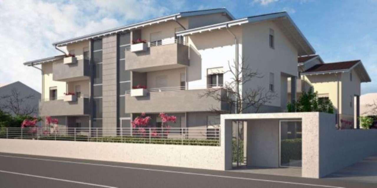 Appartamento in vendita a Muggiò, 3 locali, prezzo € 280.000 | Cambio Casa.it