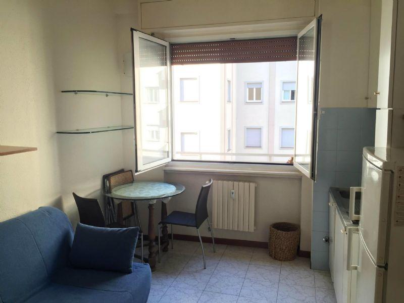 Appartamento in affitto a Milano, 1 locali, zona Zona: 8 . Bocconi, C.so Italia, Ticinese, Bligny, prezzo € 500 | Cambio Casa.it
