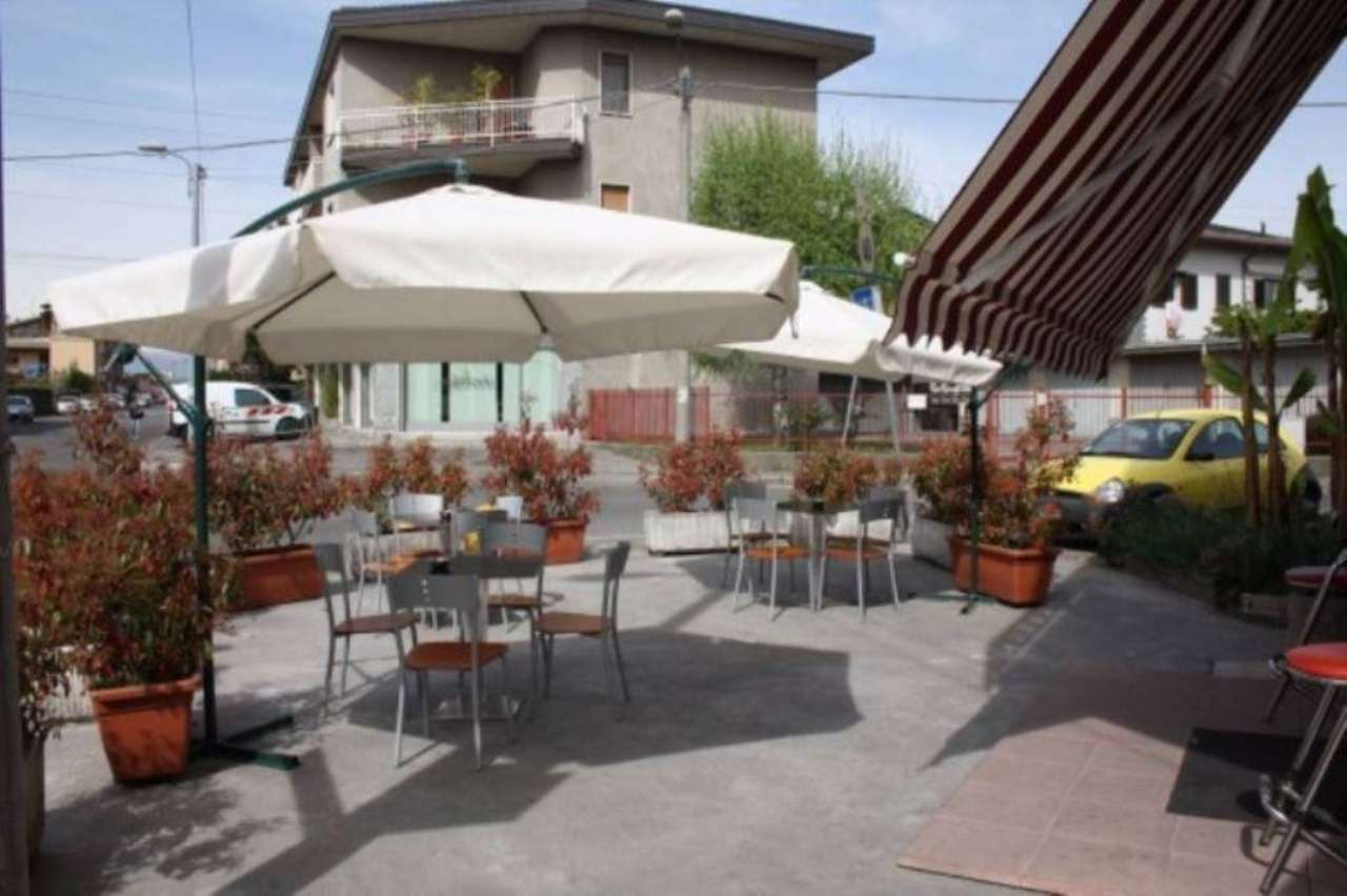 Immobile Commerciale in vendita a Cesano Maderno, 6 locali, prezzo € 495.000   CambioCasa.it