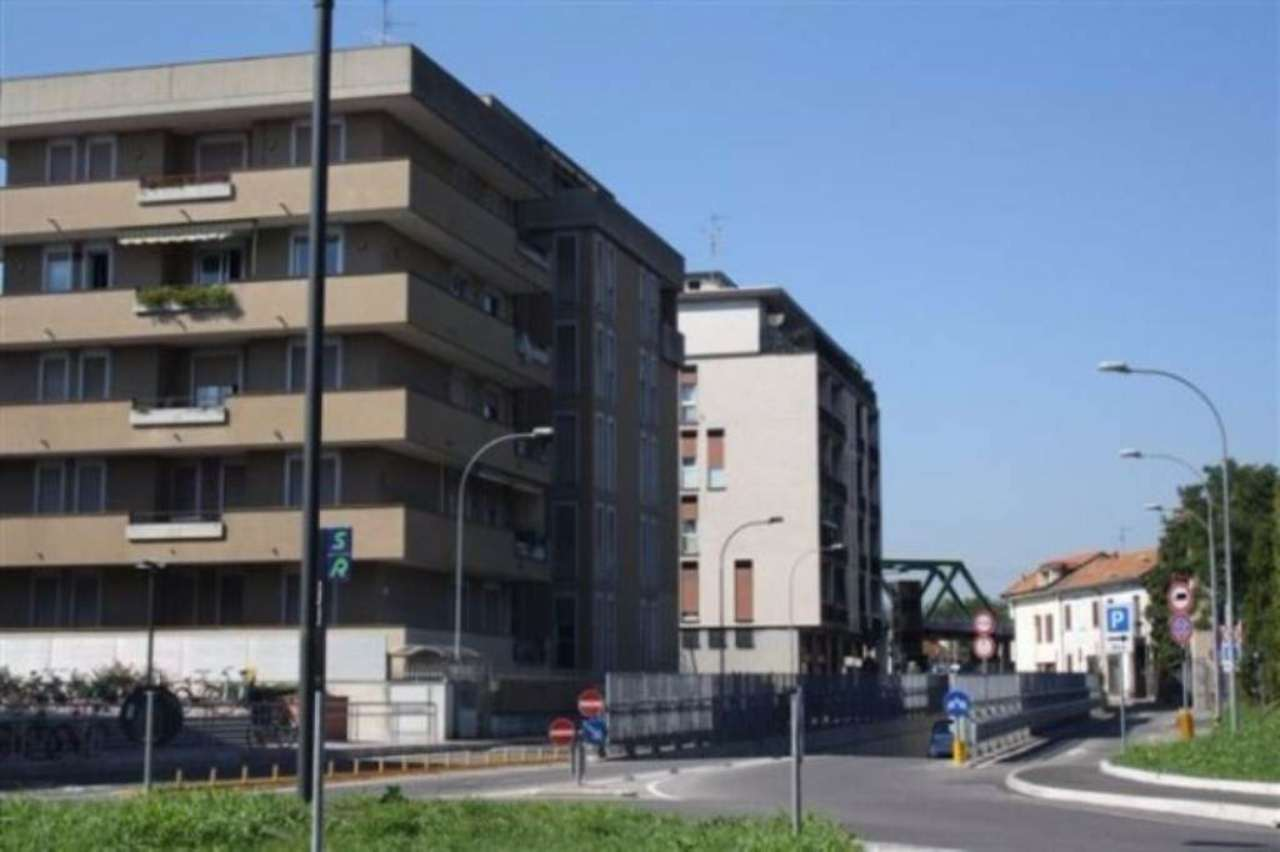 Negozio / Locale in affitto a Cesano Maderno, 2 locali, prezzo € 550 | Cambio Casa.it