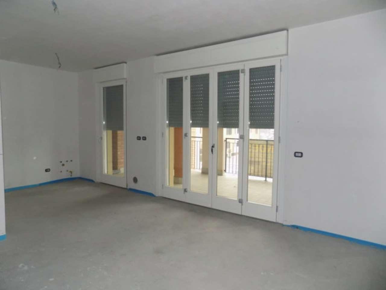 Appartamento in vendita a Garbagnate Milanese, 2 locali, prezzo € 175.000 | CambioCasa.it