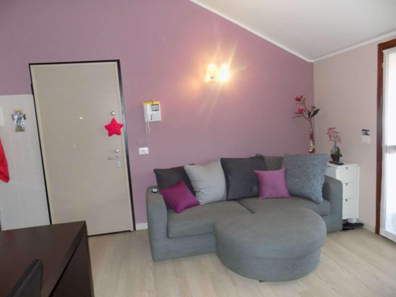 Appartamento in vendita a Senago, 2 locali, prezzo € 139.000 | CambioCasa.it