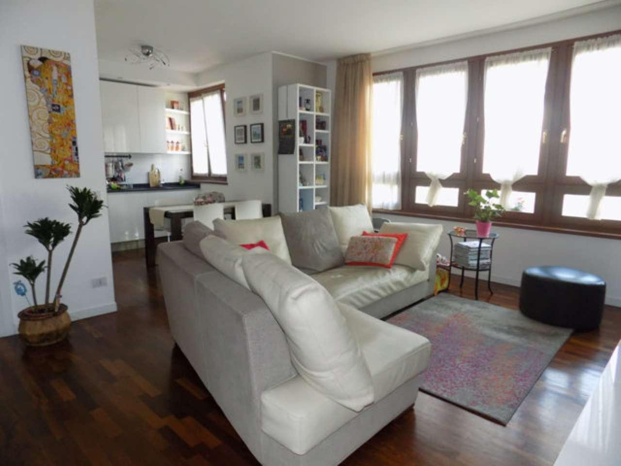 Appartamento in vendita a Senago, 3 locali, prezzo € 245.000 | CambioCasa.it