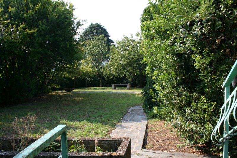 Villa in vendita a Cassina de' Pecchi, 6 locali, prezzo € 690.000   Cambio Casa.it