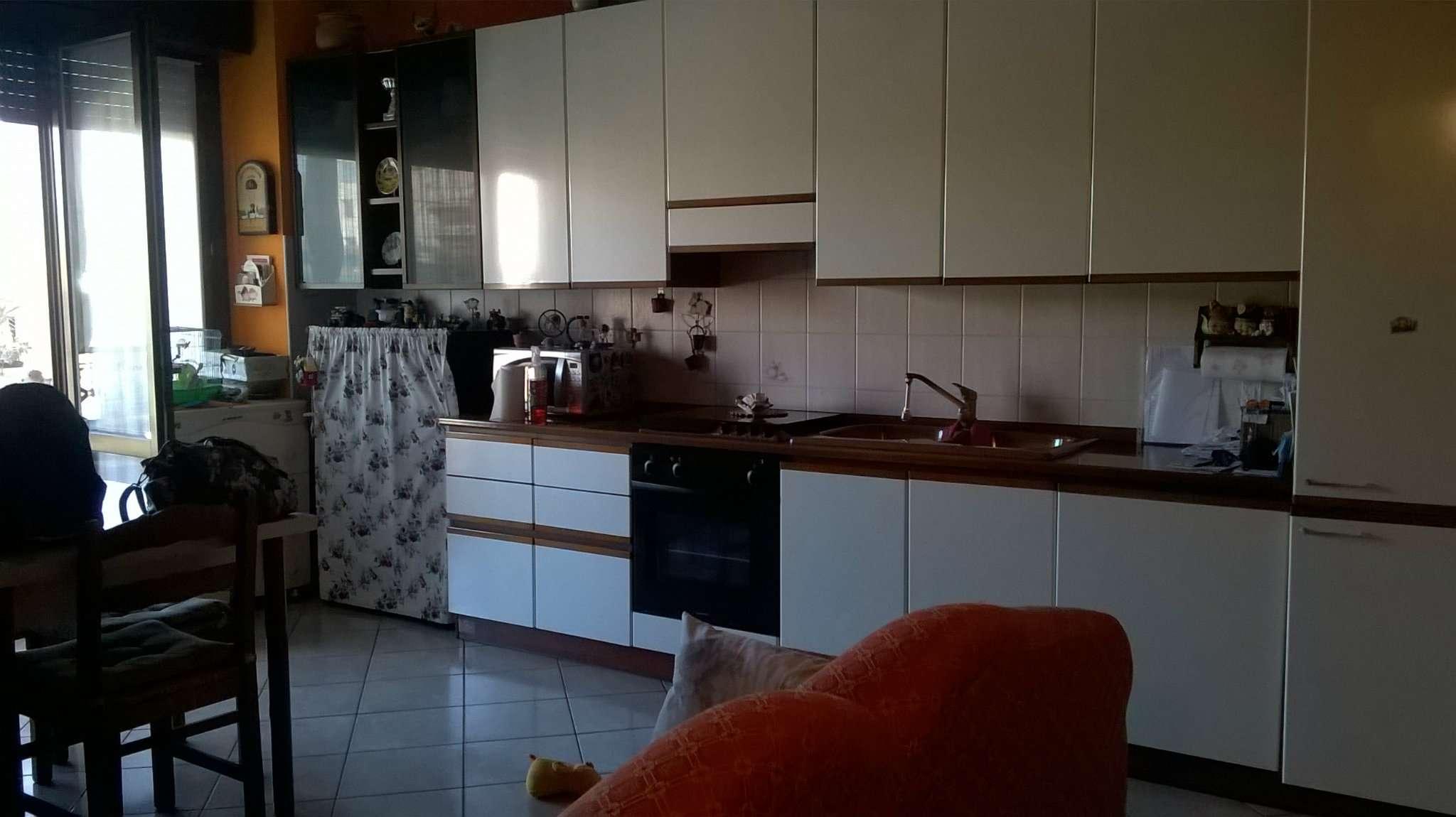 Appartamento in vendita a Pioltello, 2 locali, prezzo € 124.000   Cambio Casa.it