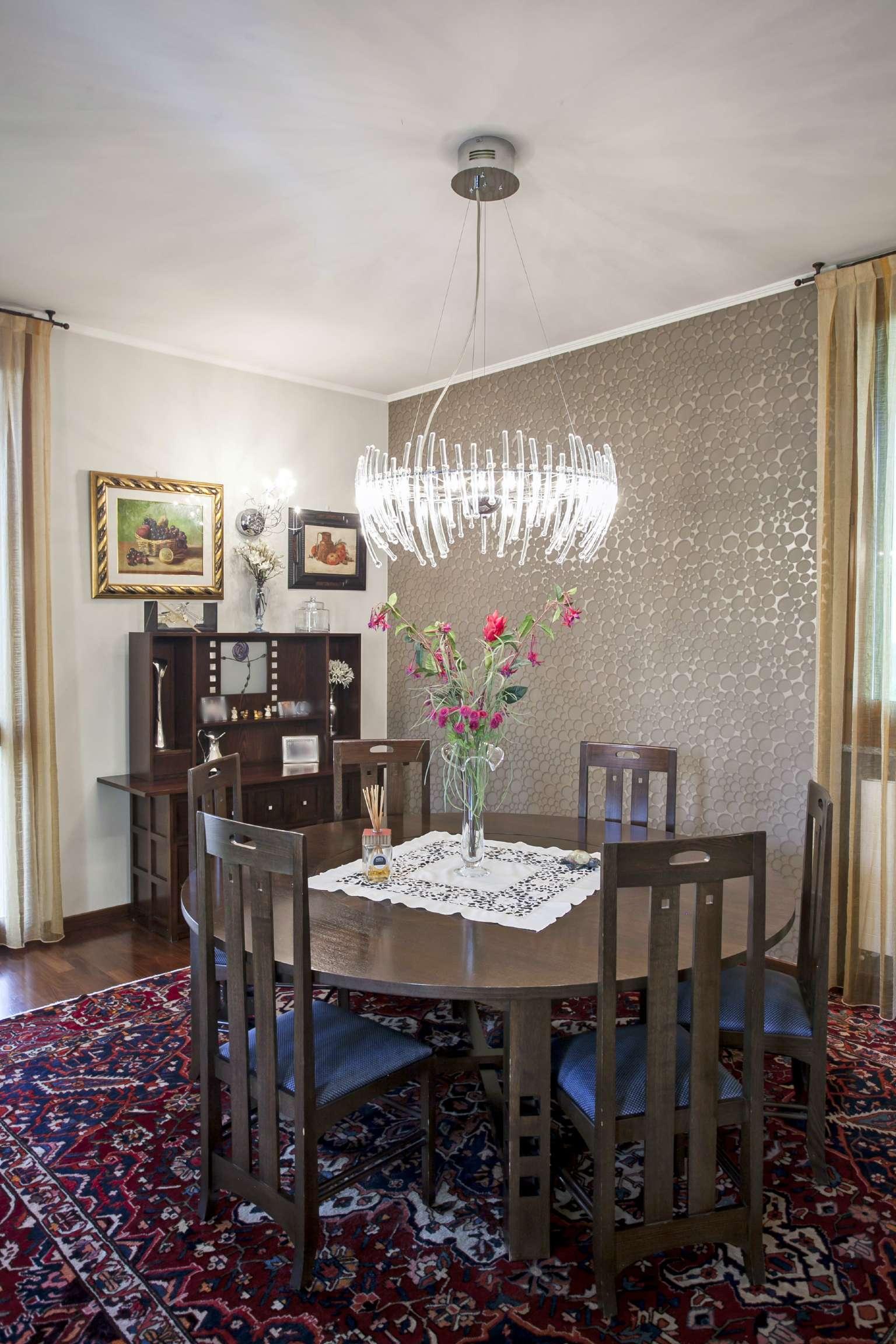 Villa in vendita a Cernusco sul Naviglio, 5 locali, prezzo € 980.000   Cambio Casa.it