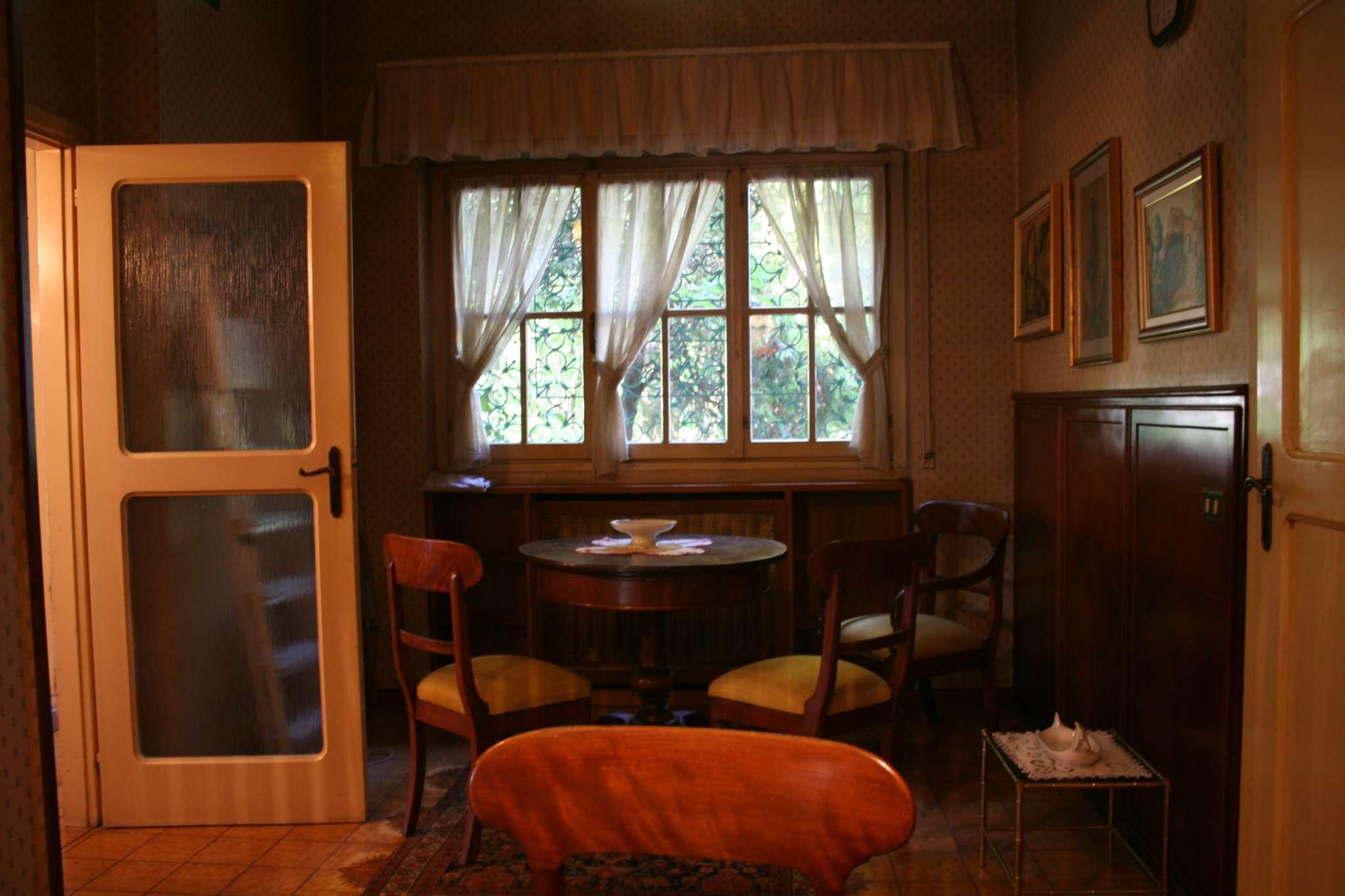 Villa in vendita a Cassina de' Pecchi, 6 locali, prezzo € 615.000   CambioCasa.it