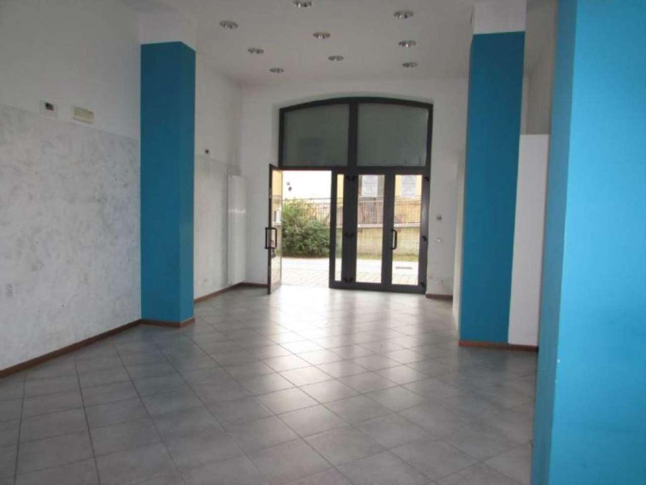 Negozio / Locale in affitto a Melegnano, 1 locali, prezzo € 1.000 | Cambio Casa.it