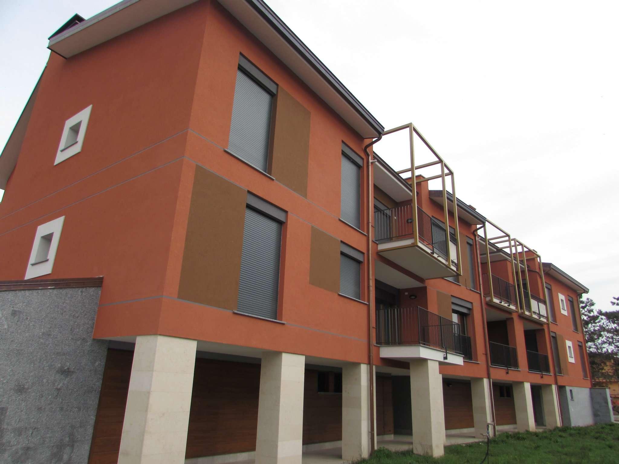 Bilocale Siziano Via Porte Rosse 3